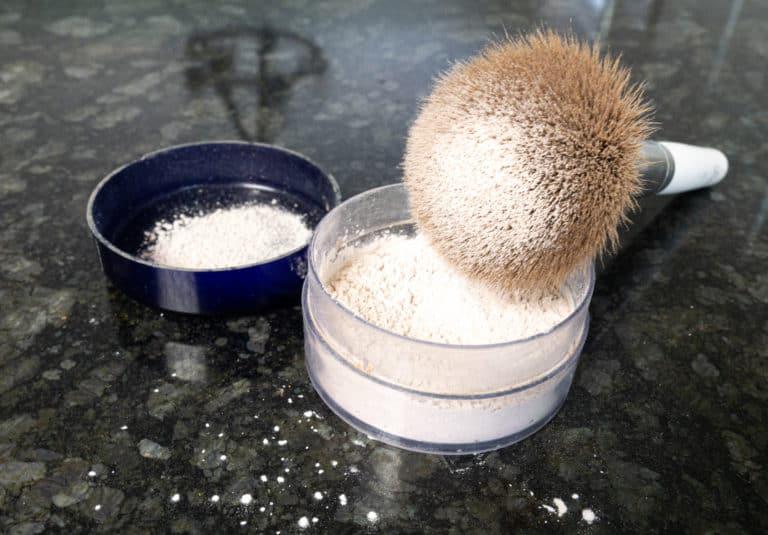 Two Ingredient Homemade Translucent Powder