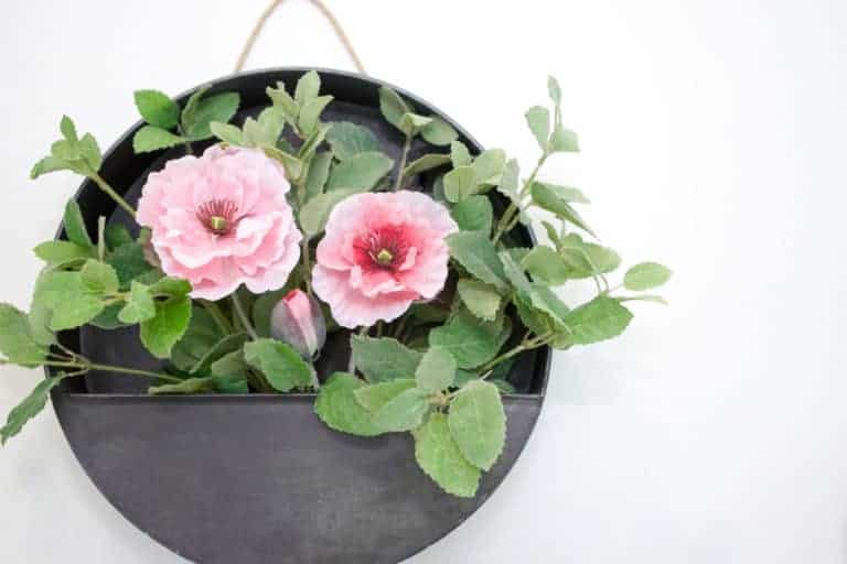 Easy 5-Minute Galvanized Farmhouse Wreath