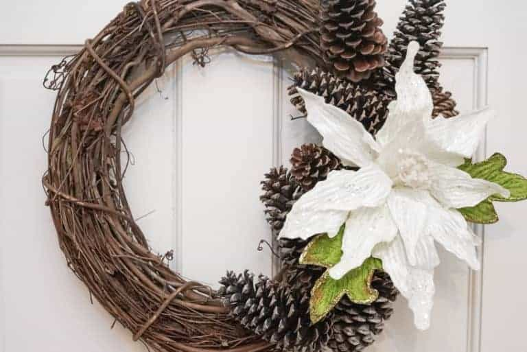 How to Make a Holiday Pinecone Wreath
