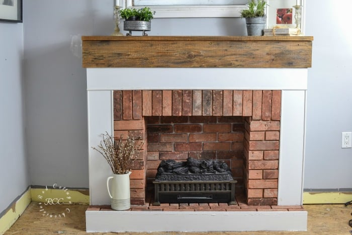Improving your home doesn't have to cost a lot of money. With a little time and effort, you can transform practically any space. Here are 10 awesome DIY home improvement projects.