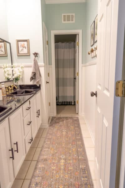 Read this to find out how to update a bathroom on a budget.